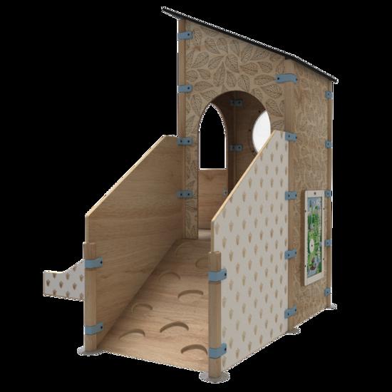Speelhuis in de vorm van een uitkijktoren met een glijbaan en een klimwand   IKC speelhuizen