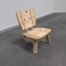 Op deze afbeelding ziet u kindermeubel kinderstoel loungestoel hout