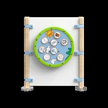 Hekwerk voor kinderhoek met een wandspel speelwiel | IKC Hekwerken